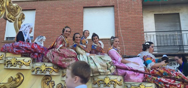 La Federació Junta Fallera de Sagunt present una vegada més en el Dia de les Carrosses en Denia