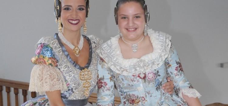 A l'Antiga y  Flor de Cotó indumendaristas de las Falleras Mayores y Cortes de Honor 2019