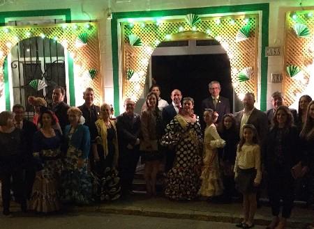 Beatriz i Maria participen en la inauguració de la Fira d'Abril de la Casa de Andalucía del Port de Sagunt