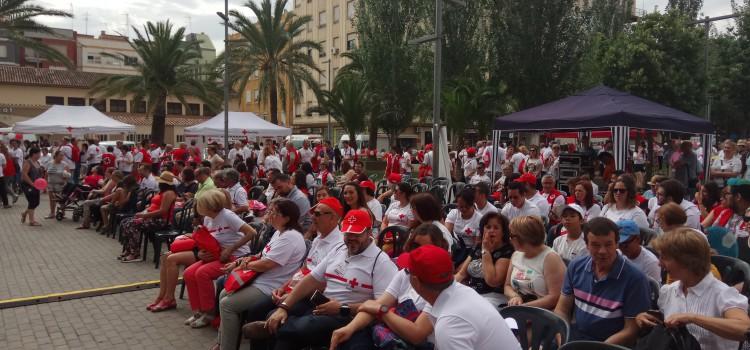 Les Falleres Majors participen en el Dia Mundial de la Creu Roja celebrat a Sagunt