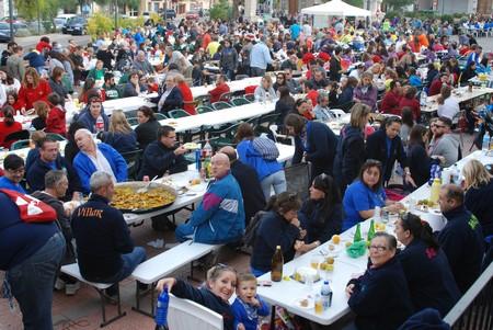 Les comissions de Federació Junta Fallera de Sagunt celebren el concurs de Paelles en Gilet