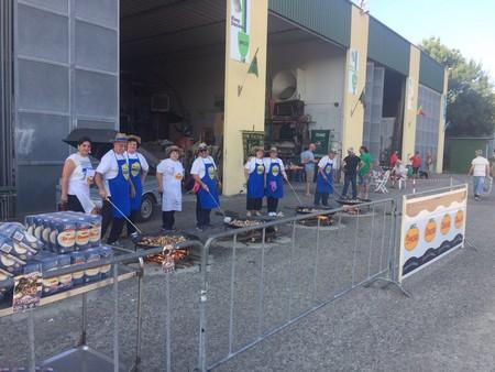 La Federación Junta Fallera de Sagunto lleva al centro de Cecina en Italia la Paella Valenciana