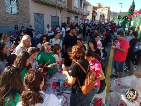 Centenares de pequeños participan en las Trobades Falleres de Faura de este año