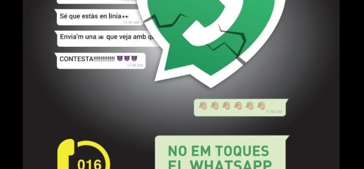 """Exposició """"No em toques el WhatsApp"""" de la Falla Els Vents"""